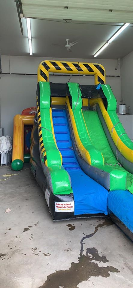 Cleanest bouncy castle Edmonton